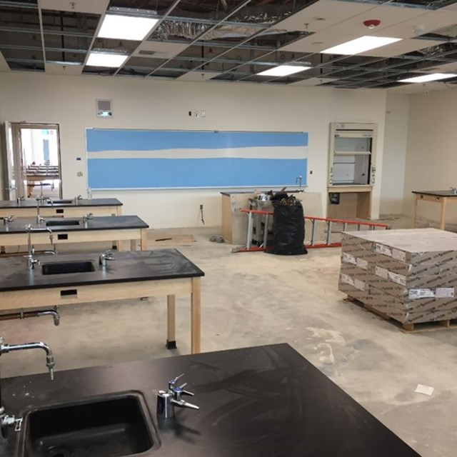 New science room at Pacifica